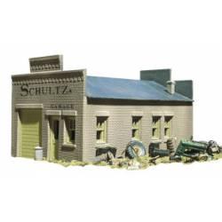 Schultz's Garage. DPM 20100