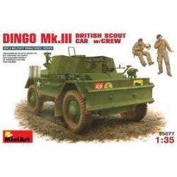 Dingo Mk. III y tripulación.