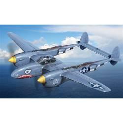 P-38/F-5E Lightning. ITALERI 2681