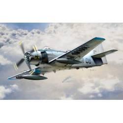 AD-4 Skyraider. ITALERI 2697