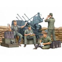 German anti aircraft gun crew.