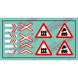 Road signs: Train. ETM 9012