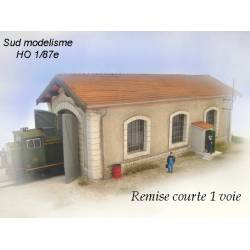 One door locomotive shed. PN SUD MODELISME 8795