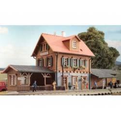 """""""Unterlenningen"""" Station. KIBRI 37704"""