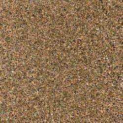 Grava marrón de grano fino.