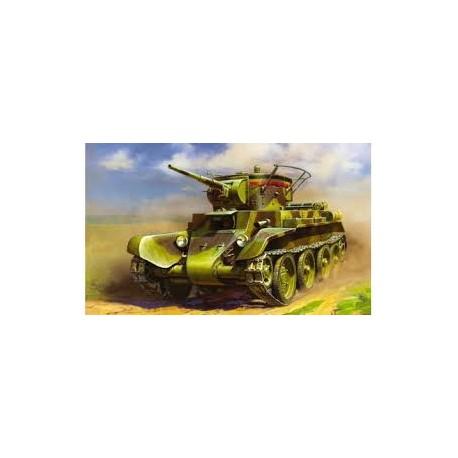 Soviet light tank BT-7. ZVEZDA 3545