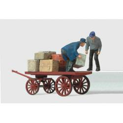 Loading workers with cart. PREISER 28084