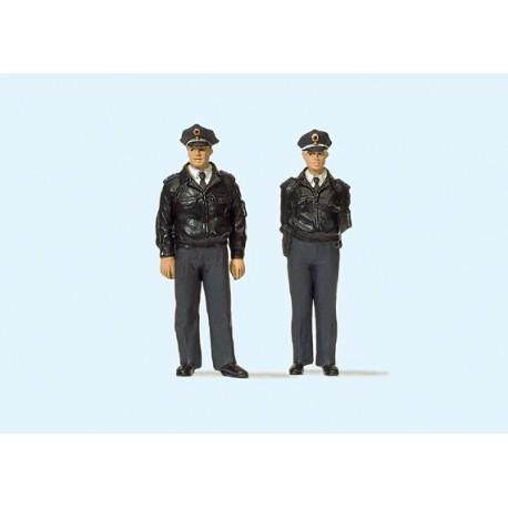 Police officers. PREISER 63101