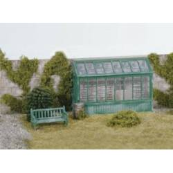 Conservatory with garden seat.