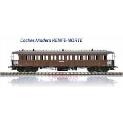 3rd class coach CC2885, roof walkway, RENFE.