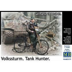 Volkssturm. Tank hunter.