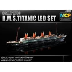 R.M.S. Titanic. ACADEMY 14220