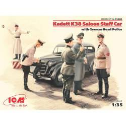 Kadett K38 Saloon con policías alemanes. ICM 35480