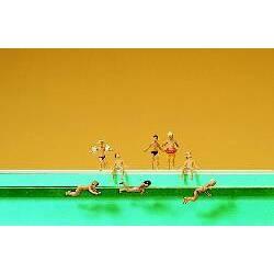 Niños en la piscina. PREISER 79091