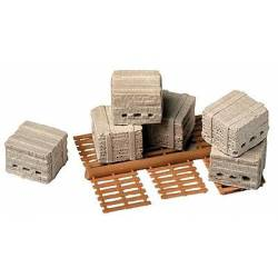 Pallets with bricks (x6). MODEL RAILSTUFF 930