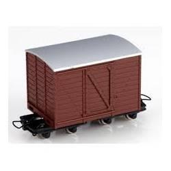 Vagón cerrado, marrón. MINITRAINS 5118
