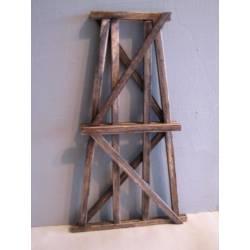 Pilar de madera. HACK BRUCKEN HP125