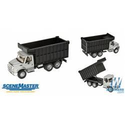 International 7600 2 axl. WALTHERS 949-11677