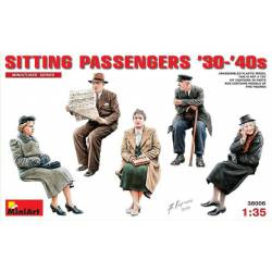 German sitting civilians. MINIART 38006