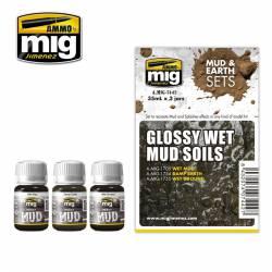 Set: Glossy wet mud soils. AMIG 7442