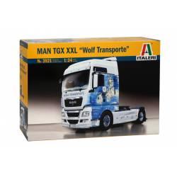 """MAN TGX XXL """"Wolf Transporte"""". ITALERI 3921"""
