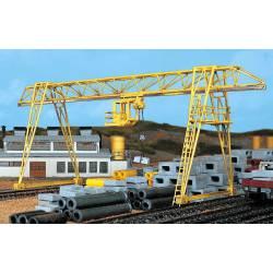 Gantry Crane.