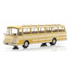 Autobus Setra S 12, amarillo.