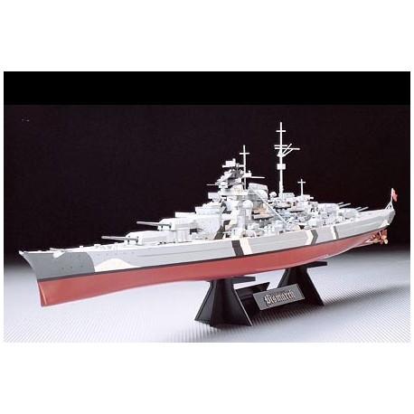 German Battleship Bismarck. TAMIYA 78013