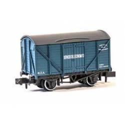 """""""Servicio de economato"""" box wagon. PECO NR-P935"""