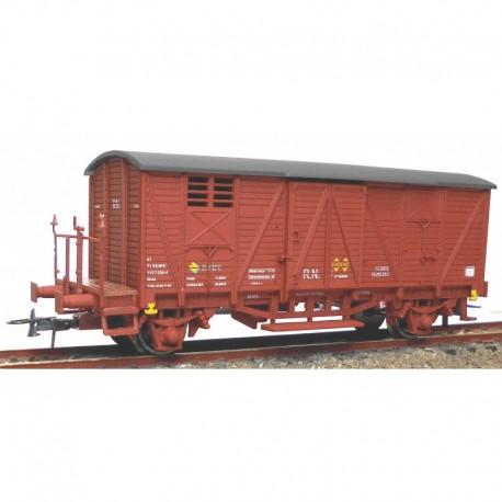 Vagón cerrado con balconcillo J-304565. KTRAIN 0703M