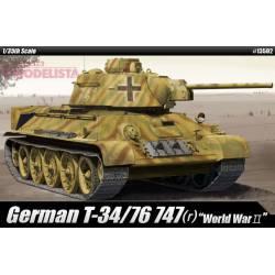 German T-34/76 747(r), WWII. ACADEMY 13502