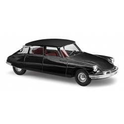 Citroën DS19, negro.