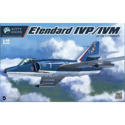 Dassault Etendard IVP/IVM. KITTY HAWK 80137