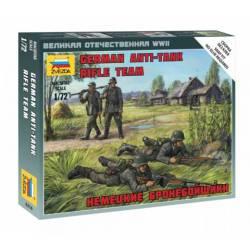 Equipo antitanque alemán.