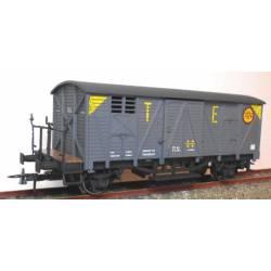 Vagón cerrado con balconcillo J-304583.