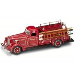 Camión de bomberos: Lafrance B550RC.