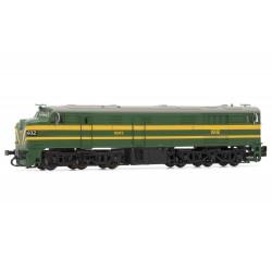 Locomotora 1602, verde y amarillo. RENFE.