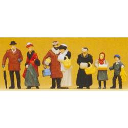 At the Christmas fair. PREISER 12195