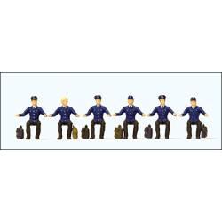 Conductores de tren.