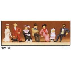 Personas sentadas de época (1900). PREISER 12137