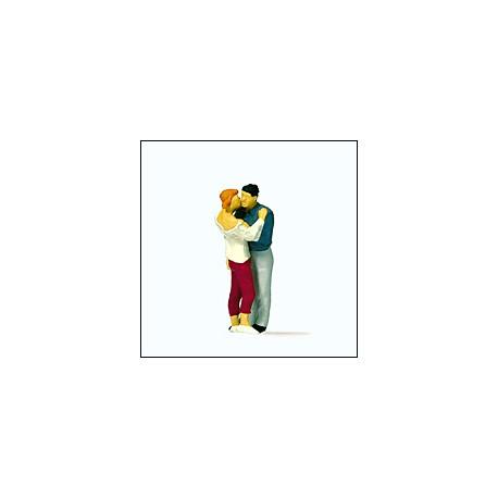 Kissing couple. PREISER 28122