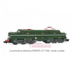 Locomotora 277.048 (verde-plata).