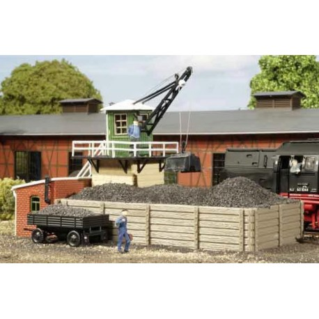 Depósito de carbón y grúa. AUHAGEN 11334
