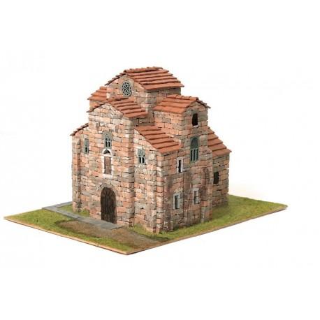 Iglesia de S. Miguel de Liño. DOMUS KITS 40500