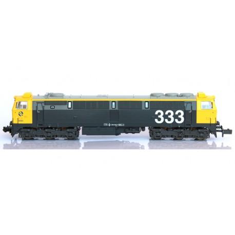 Diesel locomotive 333-005, RENFE. Sound.