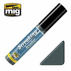 Streakingbrusher: Warm dirty grey.