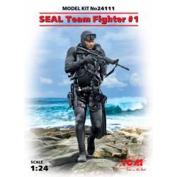 Equipo SEAL en ataque.