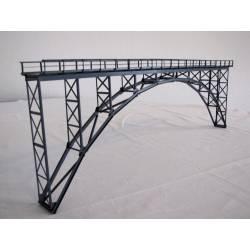 Puente metálico alto en arco. HACK BRUCKEN HK60