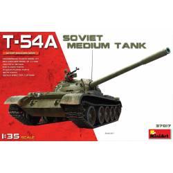 Tanque soviético T-54A.