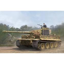 Tiger I with Zimmerit, medium production.
